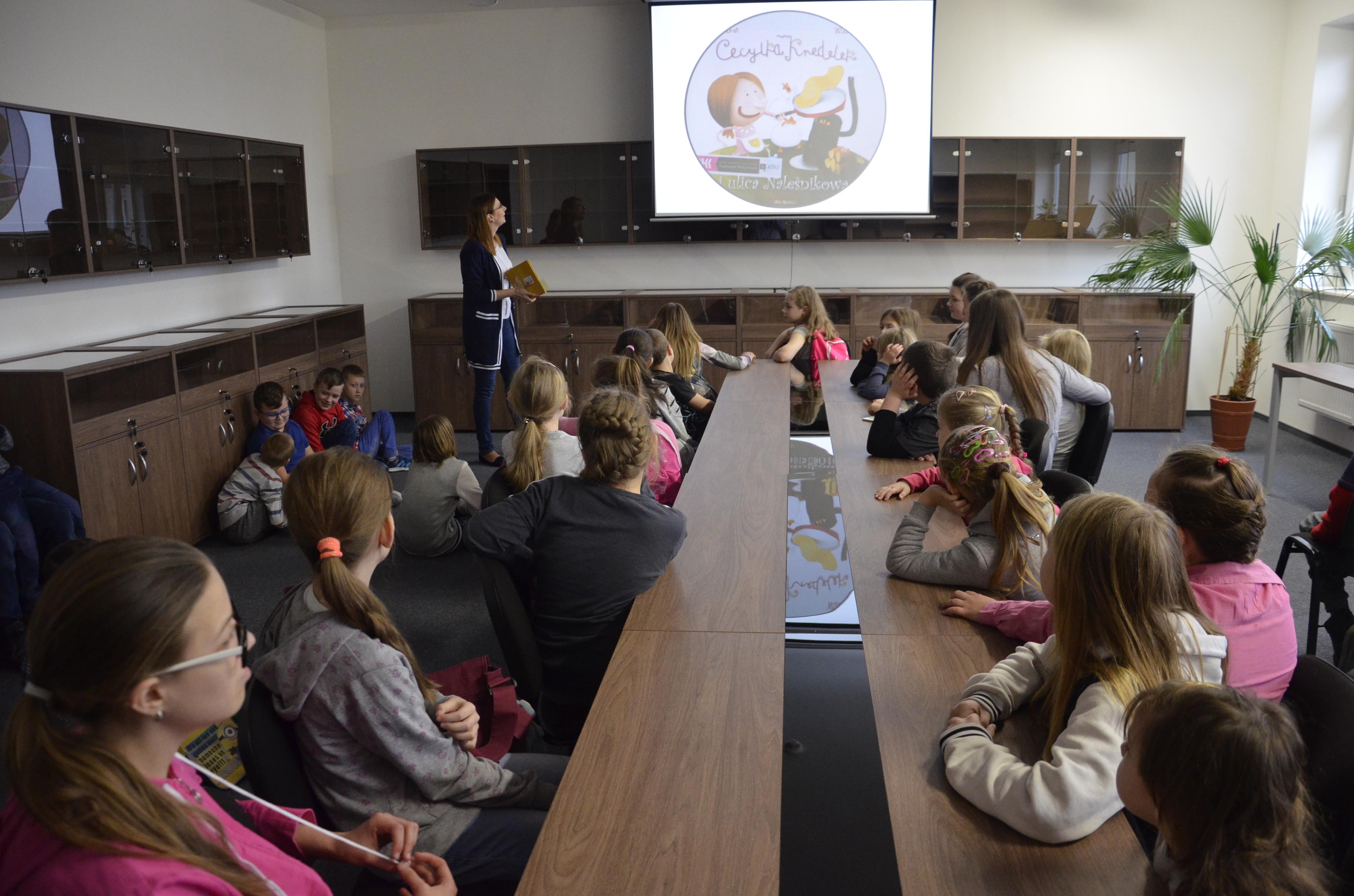 Pierwsze spotkanie w ramach Dyskusyjnego Klubu Książki dla Dzieci w BCK w Szczuczynie